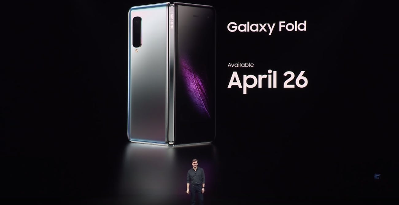 Photo of Samsung Galaxy Fold – What is it and what is Apple and Huawei doing about it?